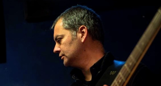 Session Bass Player - Miguel Amado