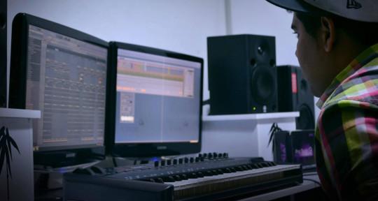 Music Producer - SomVzla