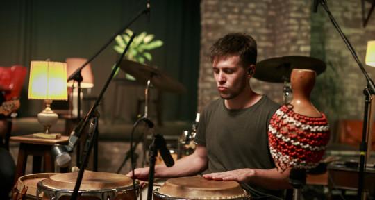 Musico Percusionista - Santiago Arroyo