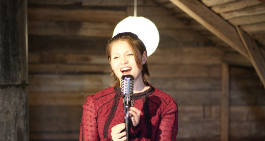 Singer for your Event!  - Eleanor Madeland