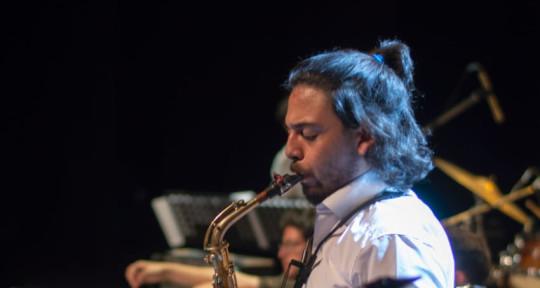 Pro Session Saxophonist - Tomás Martinez