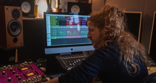 Mixer | Producer | Engineer - Daniel Anglister