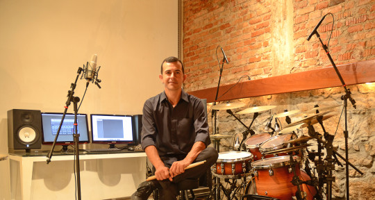 Session drummer - Kim Pereira