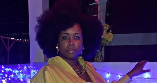 Female Session Singer  - Akirah Renée