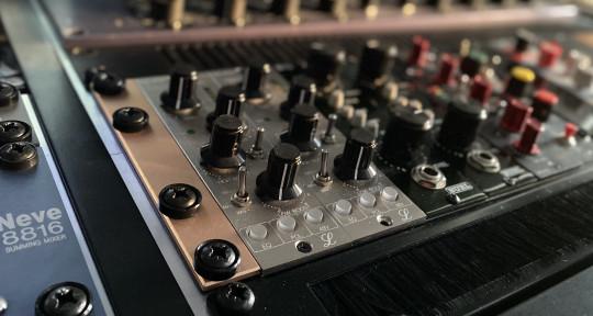 Mixer/Producer/Guitarist - Santi Arribas