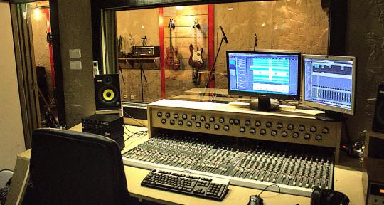 Remote Mixing & Mastering - Bang Buck Studios
