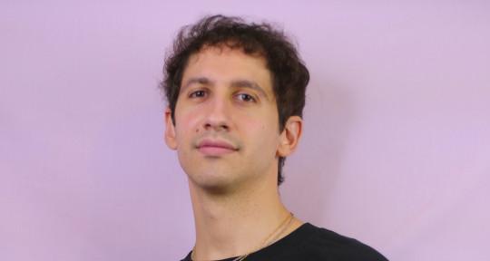 Singer-Songwriter, Songwriter - Alessandro Ciminata