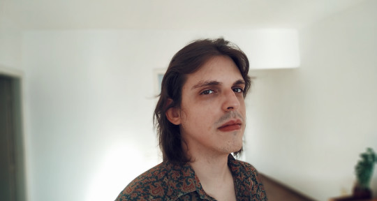 Music producer - Ricardo B. (StudioTyranosom)