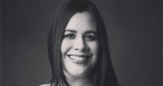 Session vocalist and pianist.  - Tara Anne Chugh