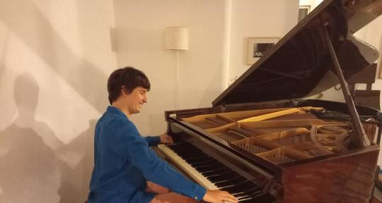 Pianos, Arrengement, Accordion - Antonio Guerra