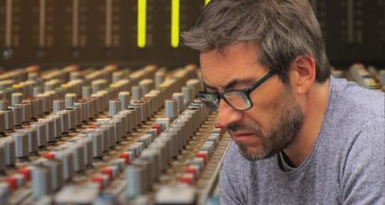 Audio engineer - Producer - Marcelo Contreras