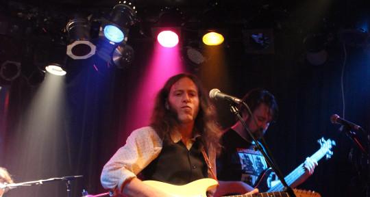 Singer Guitarist Musical Witch - Dan Graul