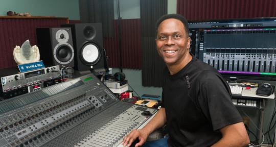Mixer / Producer / Singer - Wayne Hill