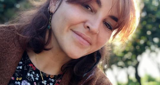 I'm a pro singer - Fabiana Martone