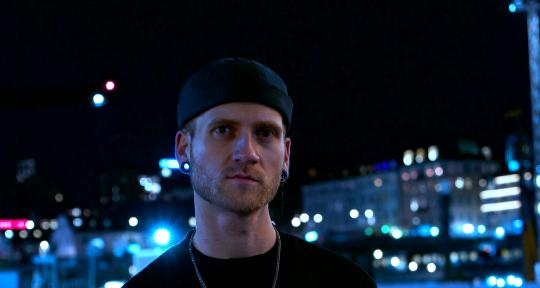 Producer, Songwriter, Vocalist - Bo-Lennart Heitmann