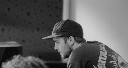 Rec.Studio,Mixing,Drum&Guitar - Ryan 0.9