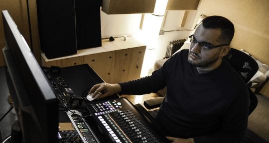 "5 Time Grammy Winner Mixer - Ignacio ""Nacho"" Molino"