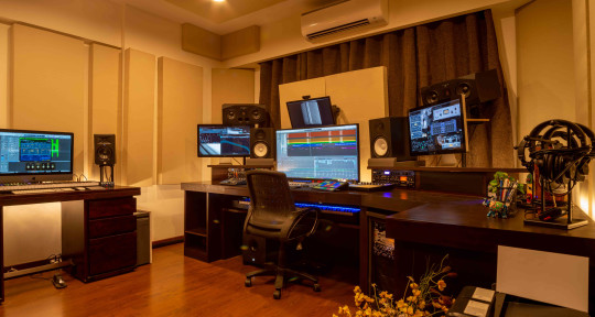 Music Producer, Mix & Master - Crukces Studio