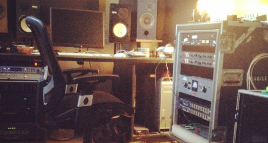 Mixing Engineer - Tommy Carnes