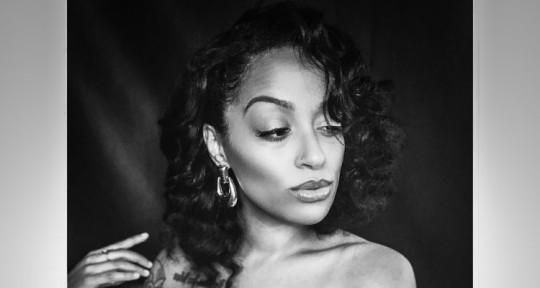 Singer/Songwriter - Krystal Lawton