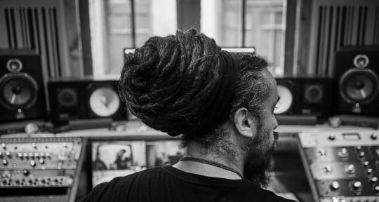 Mixer / Recorder / Producer - Matías Malinarich M2O_Estudio