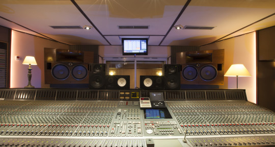 Mixing & Mastering Engineer - Skrt