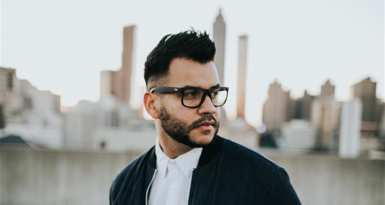 Latin Singer + Songwriter - Vito Vasquez