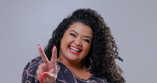 singer - Ítala Carvalho