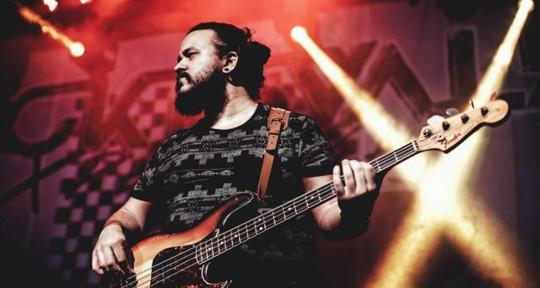 Bassist / Producer - Jota Cohen