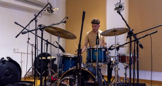 Session Drummer/Percussionist - Dan Hakim