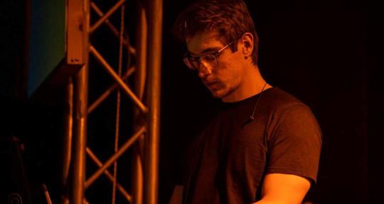 Session Keyboardist / Producer - Roberto Iadanza