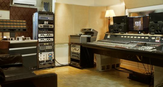 Recording Studio/Mixing/Master - 5th Street Studios