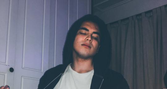 Guitarist, Music Producer. - Yikan