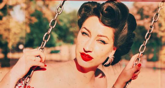 Vocalist, Singer/Songwriter - Jacqueline Tolken