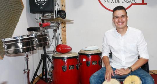 Multipercussionist - Camilo Barrera