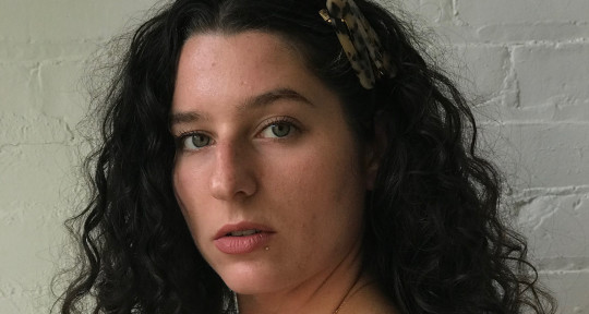 R&B Singer/Songwriter - Holly Santonato