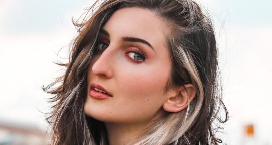 Vocalist/Topliner/Producer - Aviva D. (Avaya)