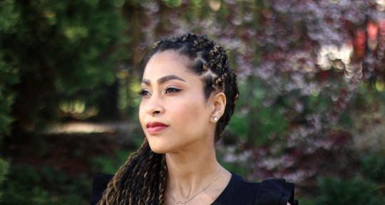 Singer, Songwriter, Topliner - Joy Phillips