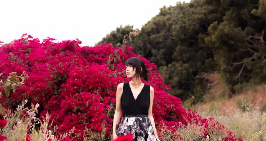 Singer, Songwriter - Azuria Sky