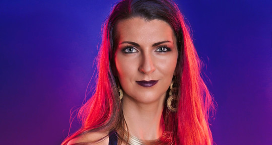 Extreme & Melodic Vocals - Isabelle Croft