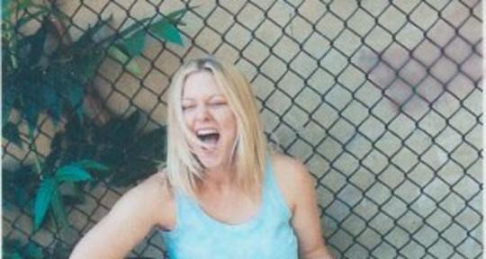 Singer/Songwriter - Stacey Allyn