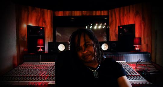 Mixer | Producer | Keys | TPT - Iwan VanHetten