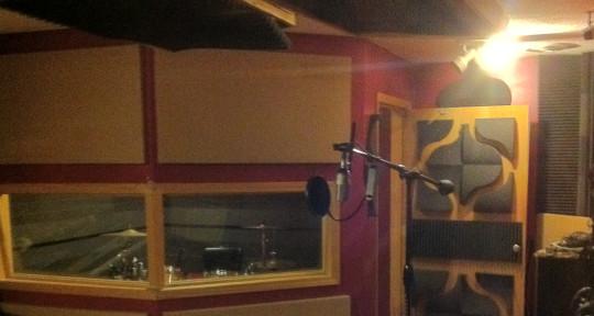 Recording Studio - QVS Studio