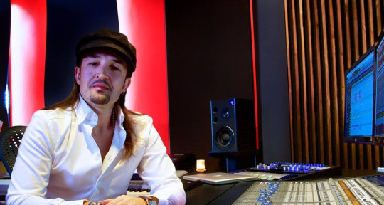 Music Producer - ValentinM