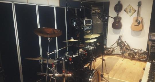 Recording/Rehearsal Studio - Volume_Unlimited