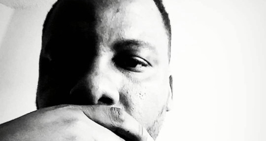 "Producer, session musician.  - Ronnie ""Beat Roc"" Scott Jr."