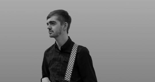 Pro Composer / Sound Engineer - Max Richardson