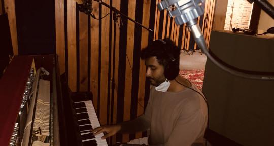 Pop music producer from India - Adhitavo