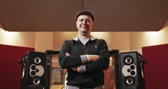 Mixing, Mastering & Recording - Peter Borföi