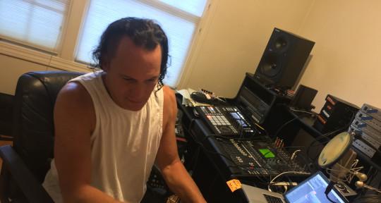 Producer, composer, Keyboards - Mark Kaye aka M Fearless
